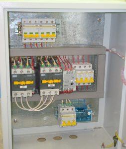 Шкаф АВР на магнитных контакторах